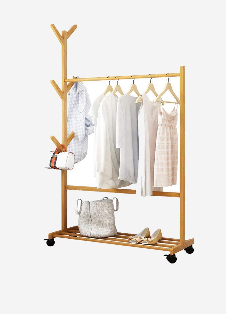 Mẫu kệ treo quần áo gỗ tre