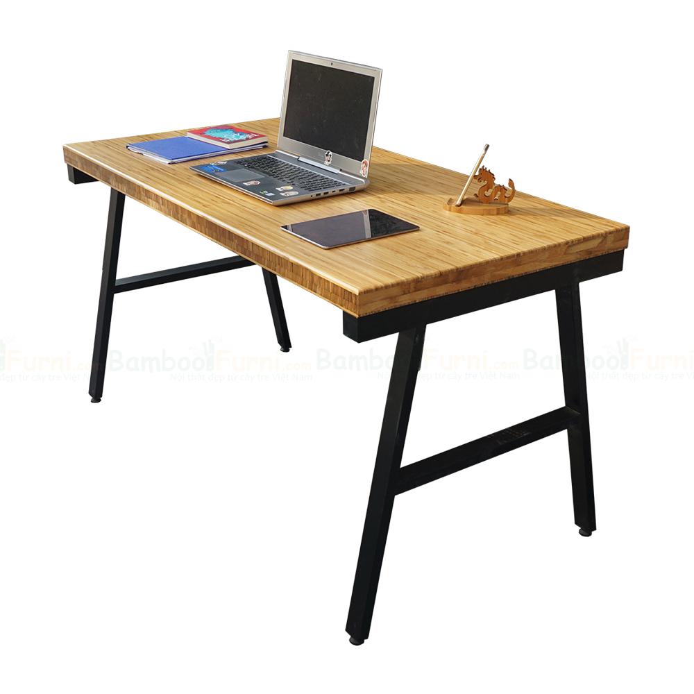 Bàn gỗ tre dày 5cm chân sắt chữ A kích thước 70x140cm