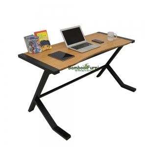 bàn làm việc mặt khuyết hiện đại màu gỗ sáng