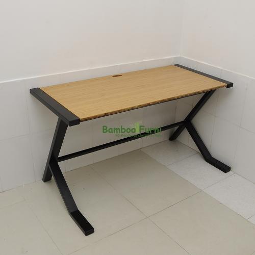 mặt bàn gỗ tre có độ bền bỉ theo thời gian